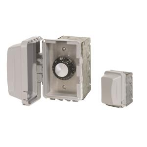 Accessory - 240 Volt Single Reg With Flush Mount  and  Gang Box