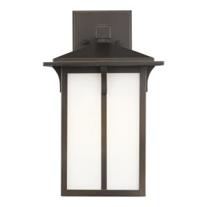 Tomek - 1 Light Medium Outdoor Wall Lantern